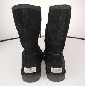 Ugg boots black 6
